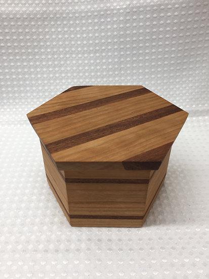 Hexagonal Lift Lid Box
