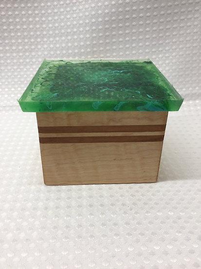 """Small Lift Lid Box """"Green Swirl"""""""