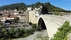 nyons, patrimoine, ville, culture, site, roman, tourisme, residence***, camping***, fontaine annibal, drome provencale