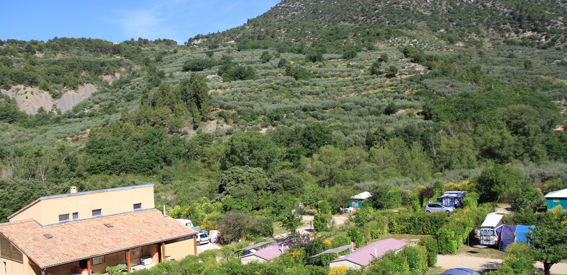camping baronnies piscine