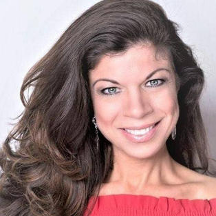 Renee Wagner, Editor, The Magazine Lifestyle Media Group