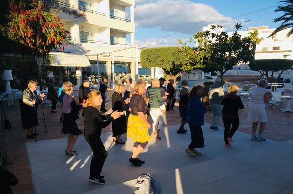 Vi älskar linedance!
