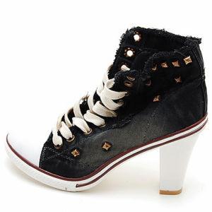 high heel.jpg