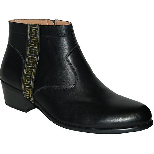Dress To Impress In These Hot Cuban Heel