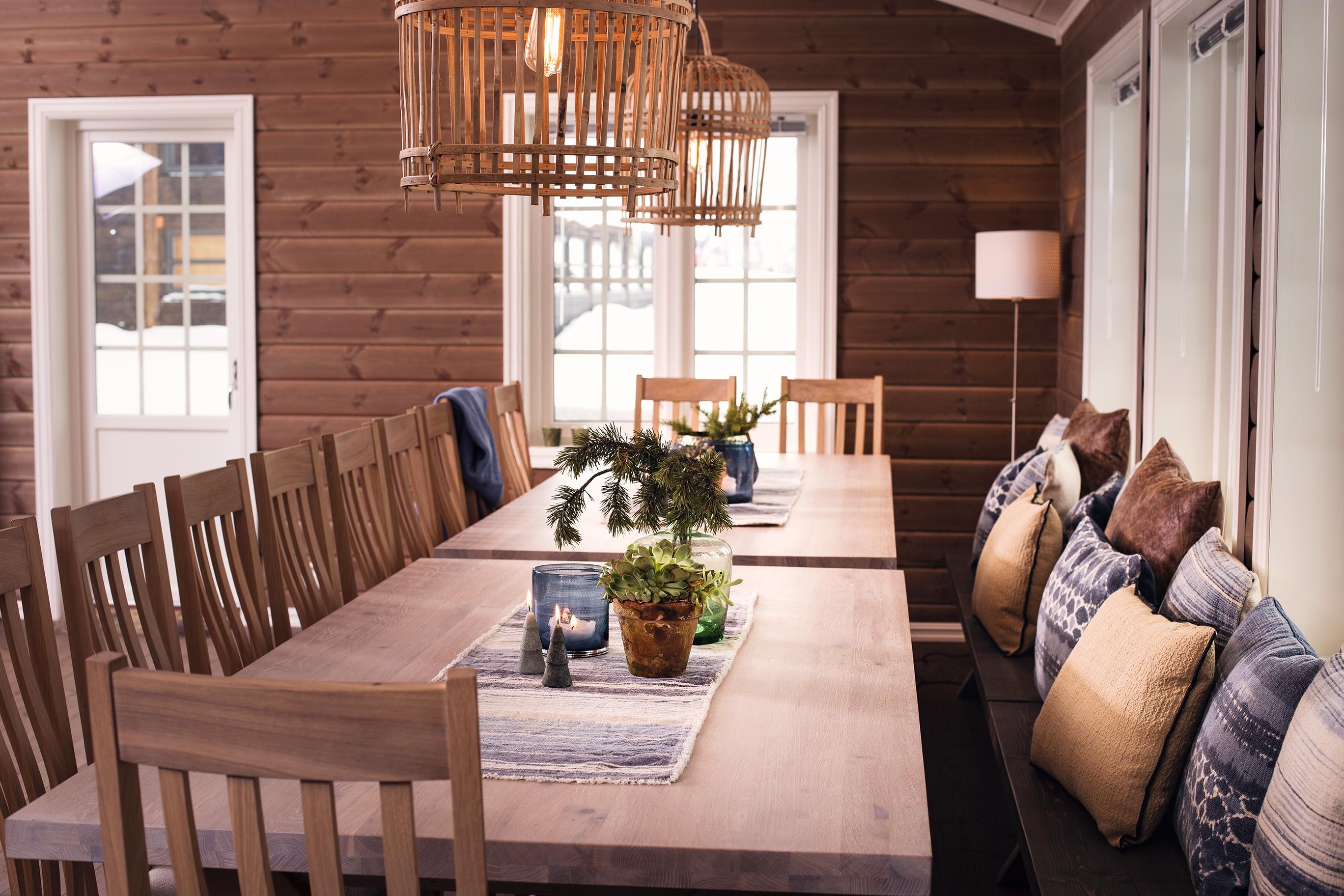 God plass rundt spisebordet