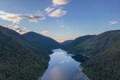 Lac Matane de la MRC de la Matanie, photographié par l'Agence Ambassade, service de vidéaste à Rimouski