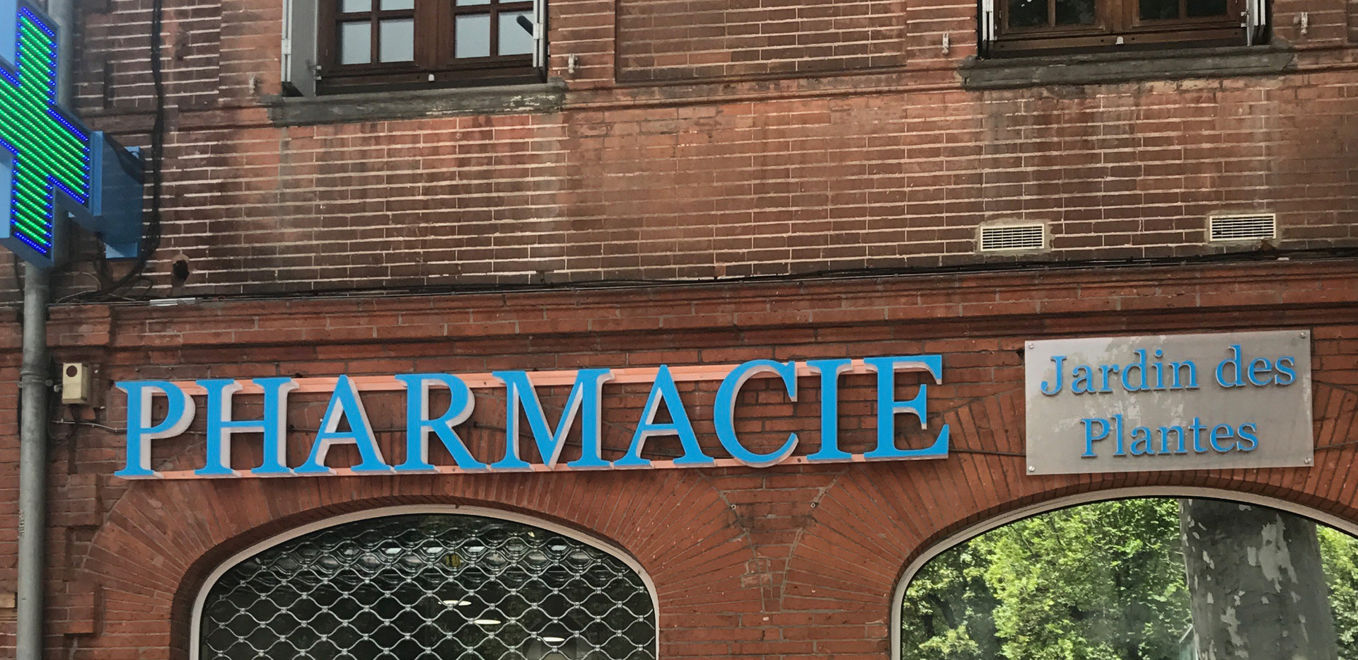 Enseigne Led pharmacie Jardin des plante