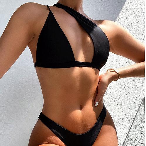 Asymmetric  Kini in Black