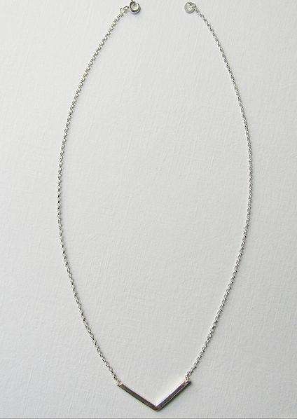 V Necklace 1.jpg
