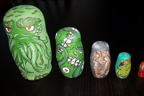 H.P. Lovecraft Russian nesting dolls