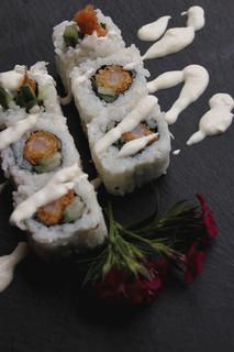 Running sushi, all you can eat, asiatisches Essen, chinesisches Essen