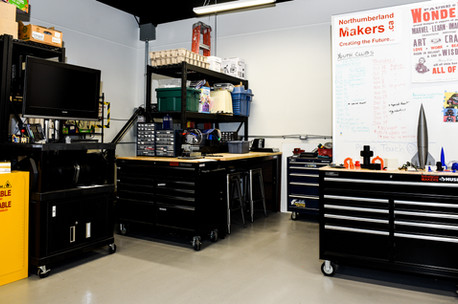 Inside the V13 MakerLab