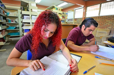 students-2817247__340.jpg