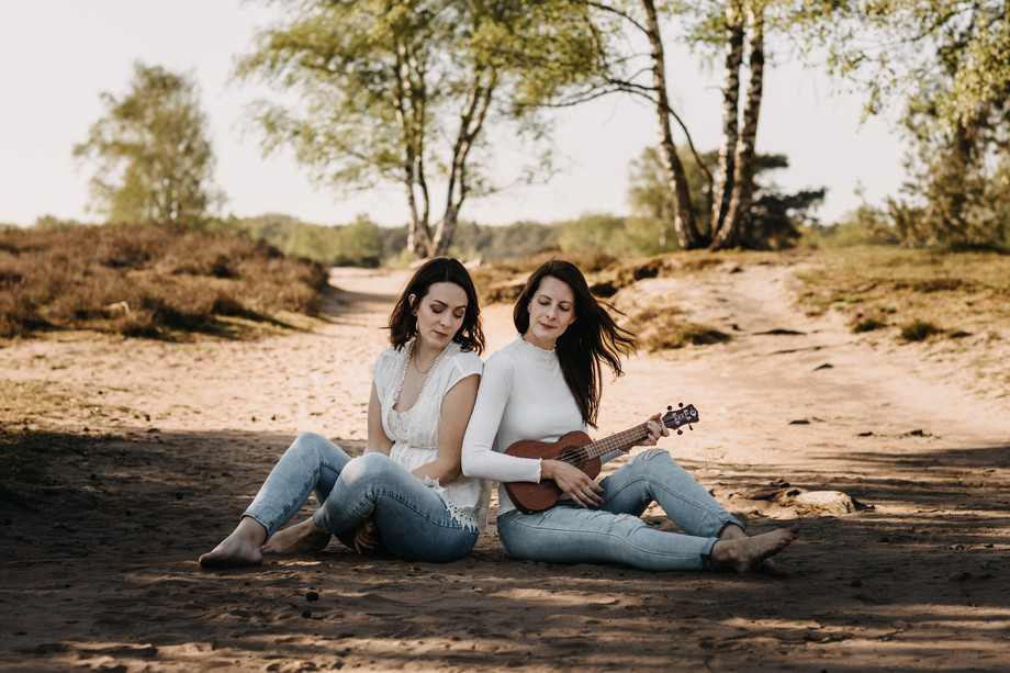 Tammi & Lisa.jpg