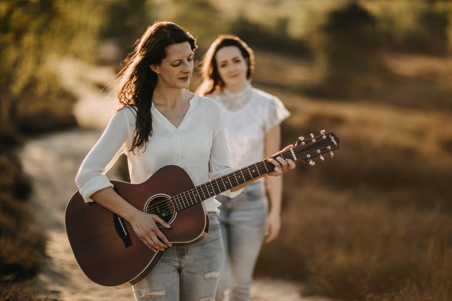 Tammi & Lisa-30.jpg