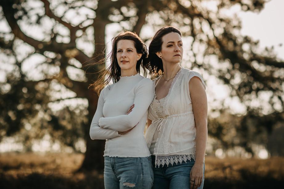 Tammi & Lisa-26.jpg