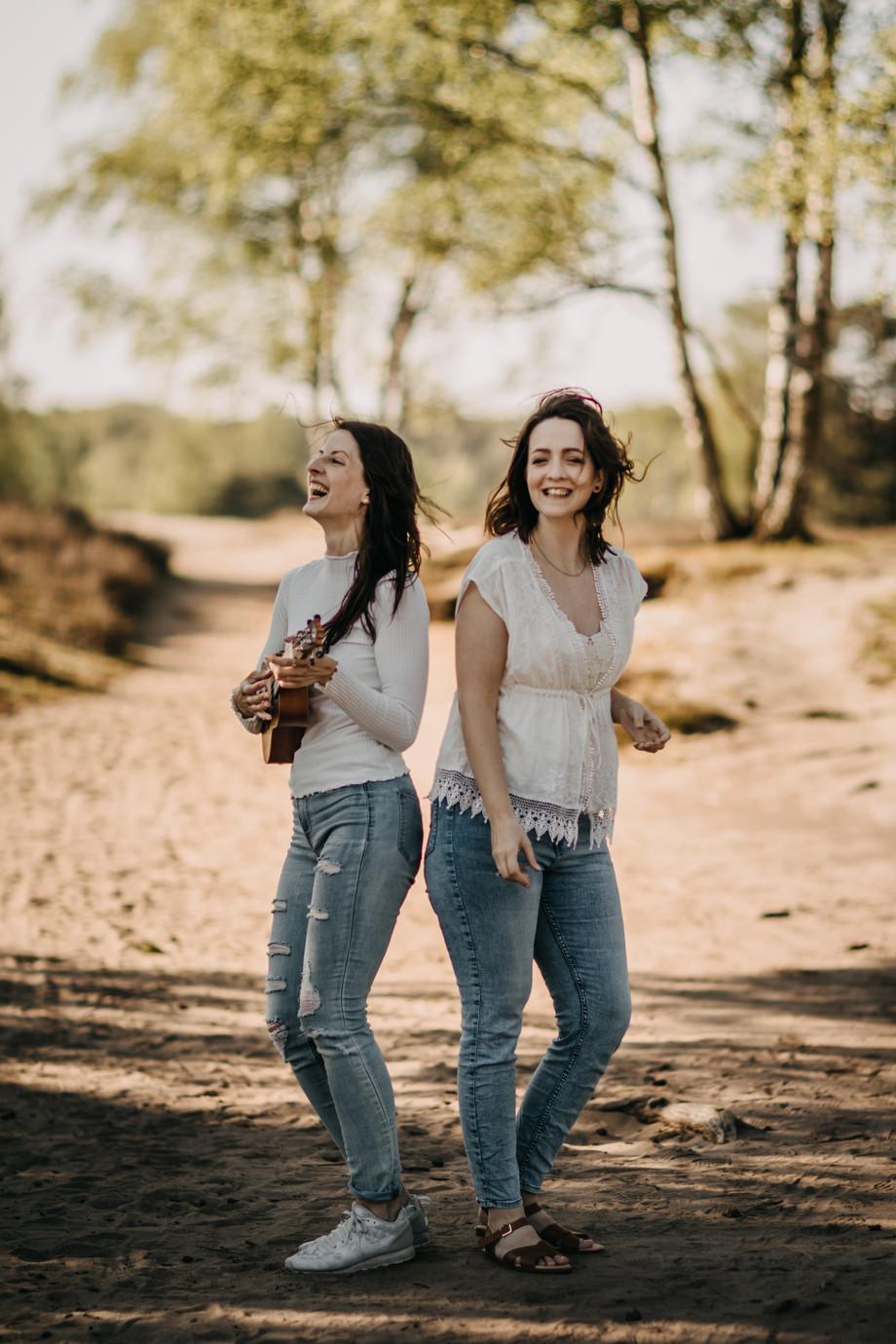 Tammi & Lisa-43.jpg