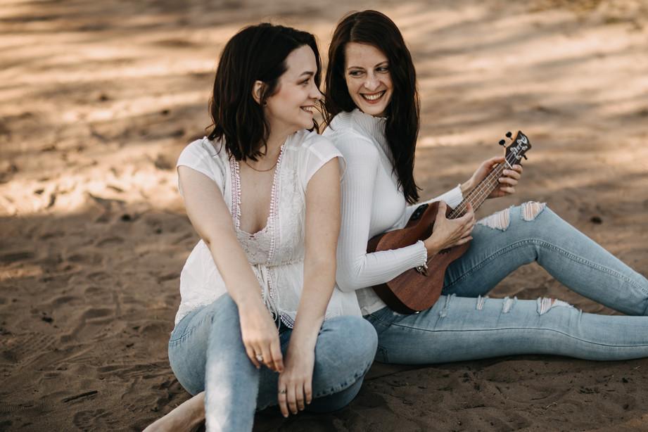 Tammi & Lisa-7.jpg