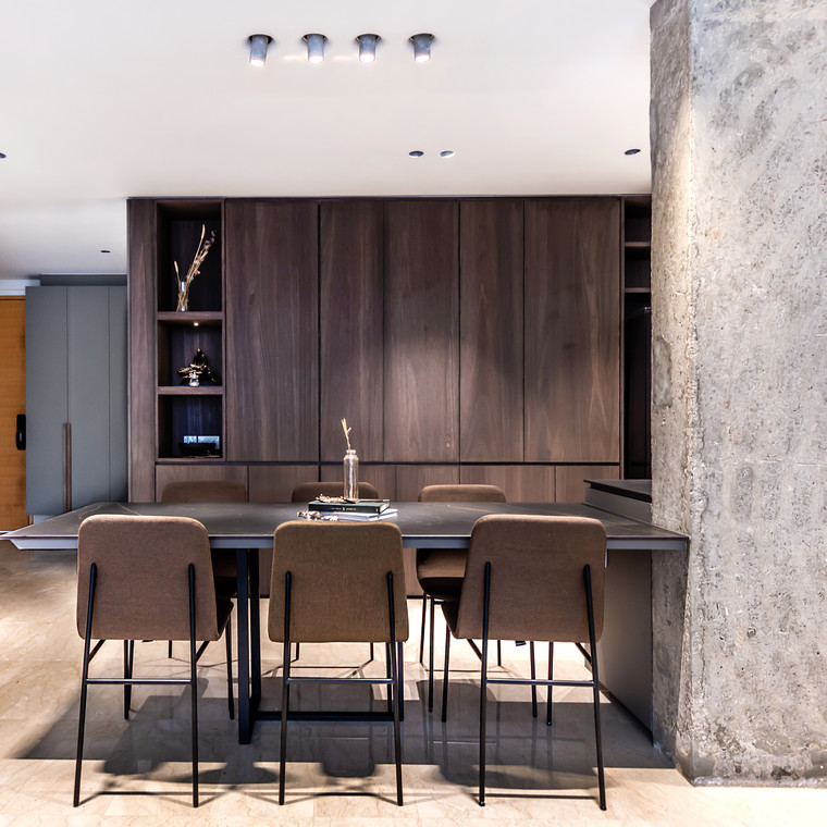 Inspired Lighting Application for an Impressive Home in Singapore