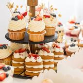 mini-chocolate-cupcakes-topped-with-mini