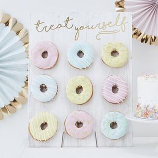 Small donut wall (holds 9)