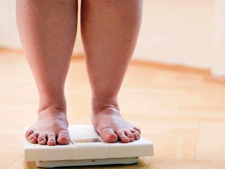 Os principais riscos de saúde relacionados à obesidade