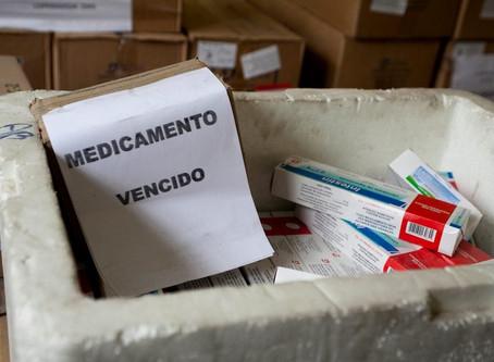 Funcionário de drogaria preso em apreensão de medicamentos vencidos vai responder em liberdade