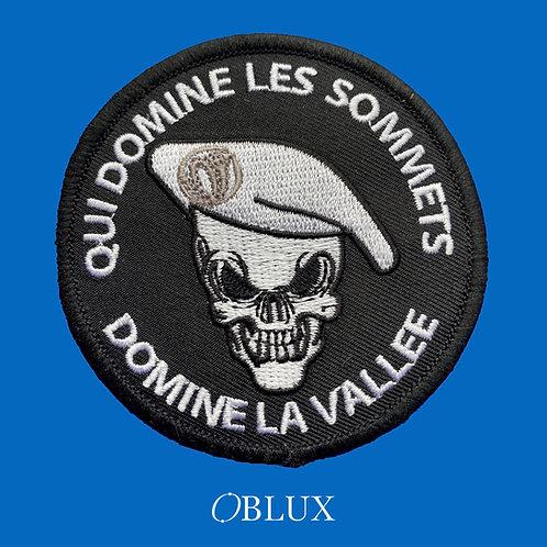 OBLUX | QUI DOMINE LES SOMMETS, DOMINE LA VALLÉE