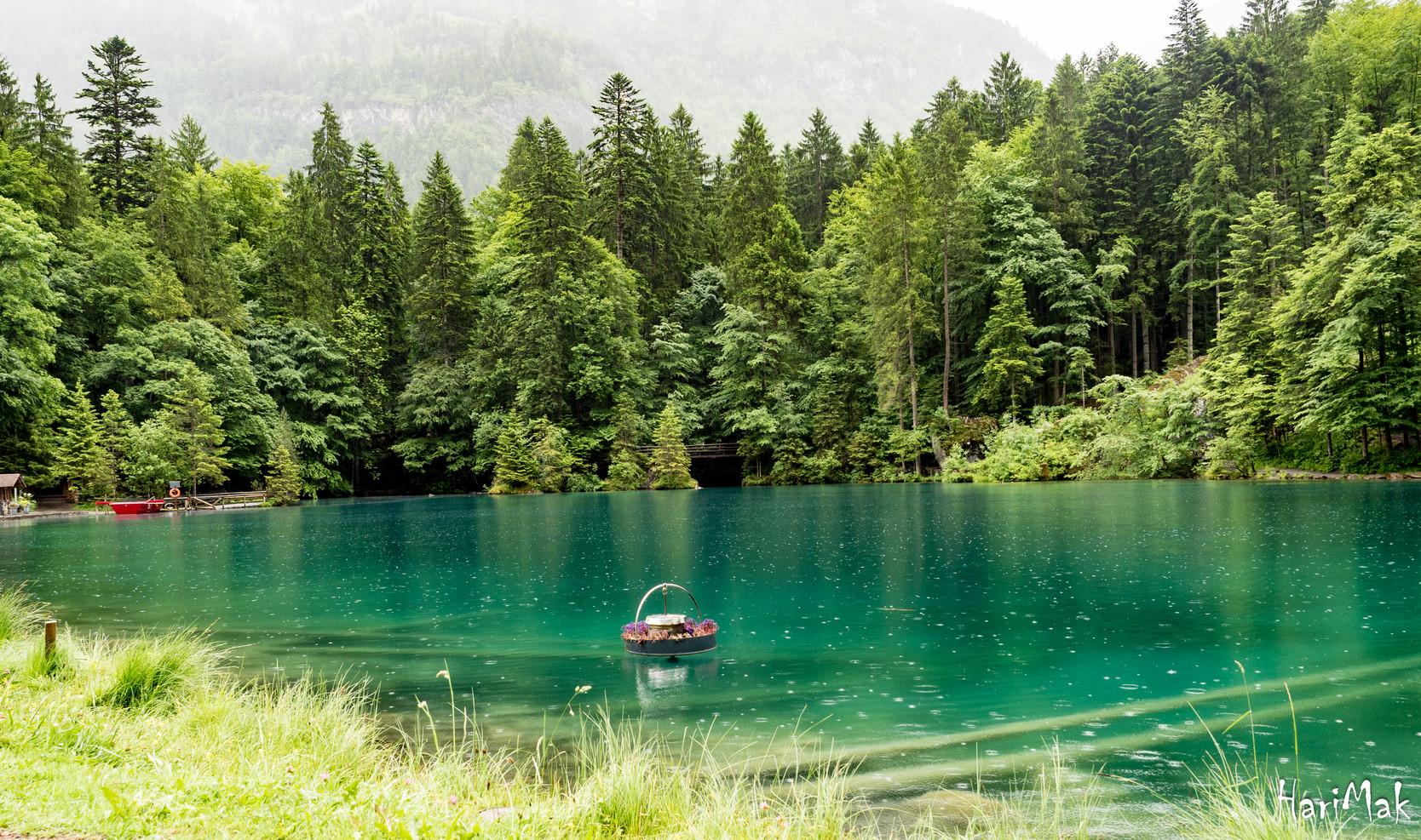 Blauer see, switzerland