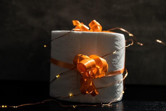 Shinny toilet paper