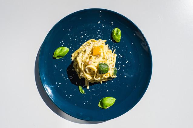Vegan zucchini spagetti