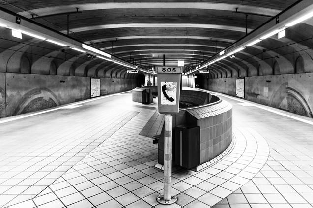 Alte oper underground station