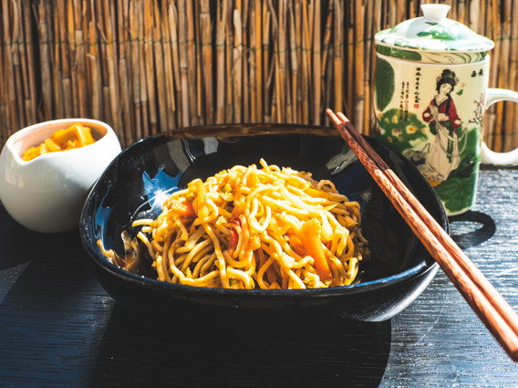 Indochinese stir fry noodles
