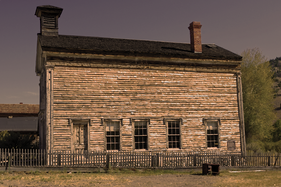 bannack-abandoned-school.png
