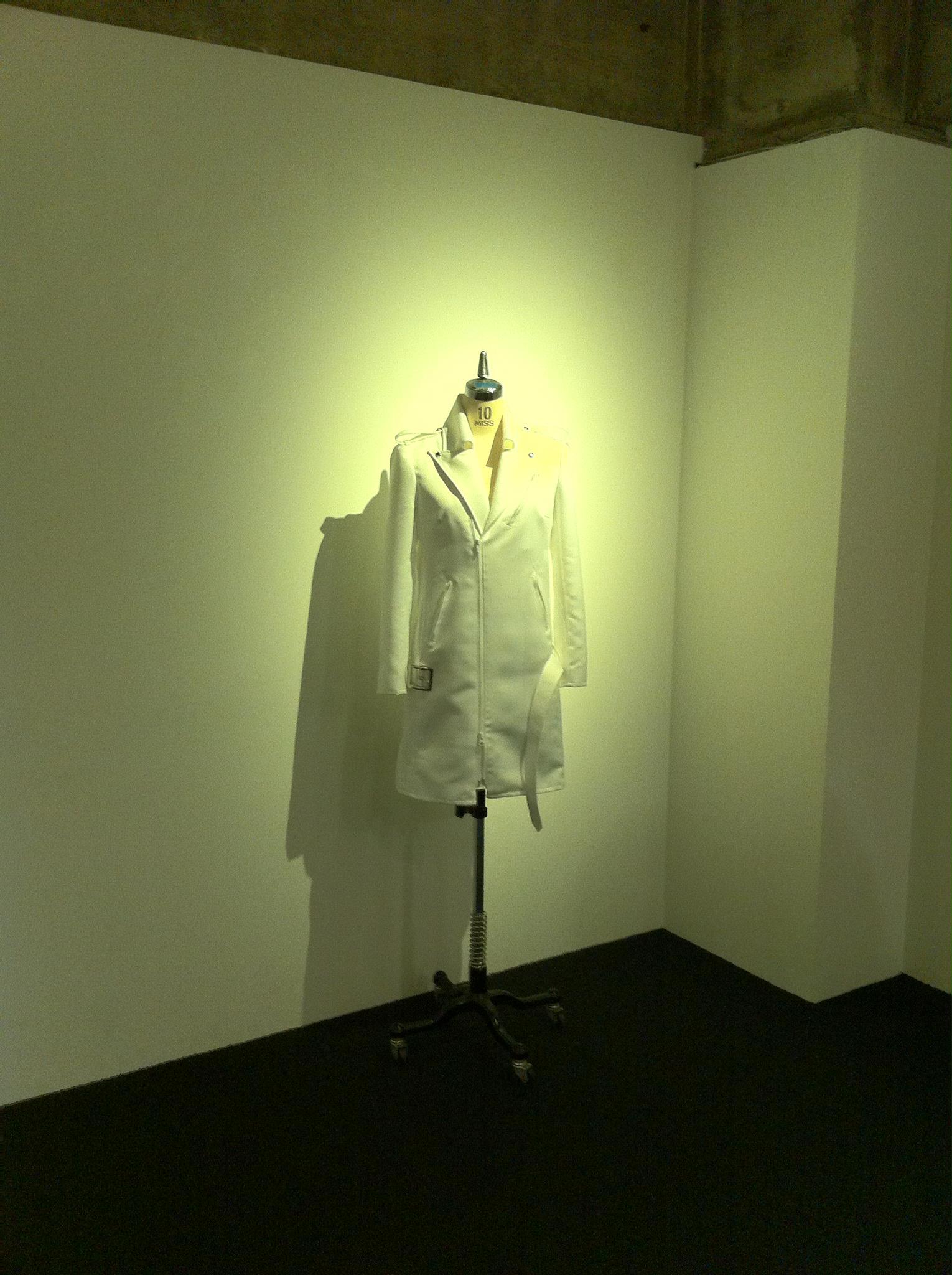 ライダースジャケット ブライダルサテン