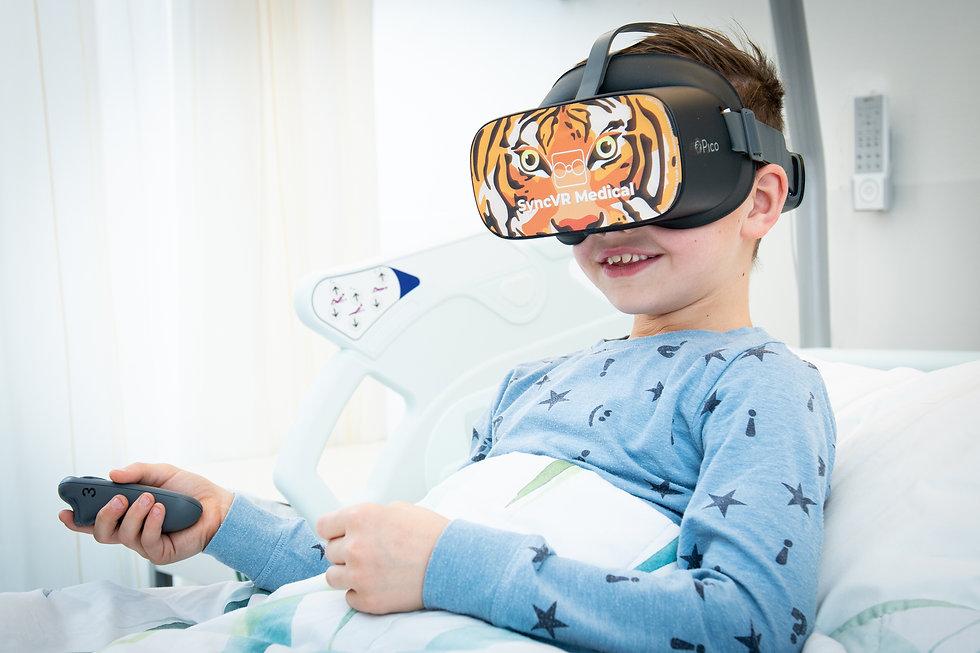 VR-bril_kinderen_Vriendenfondsen (3).jpg