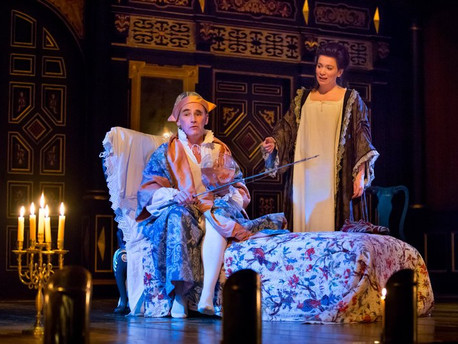 Review The New York Times: Mark Rylance Returns as a Mad Monarch to Cherish in 'Farinelli'