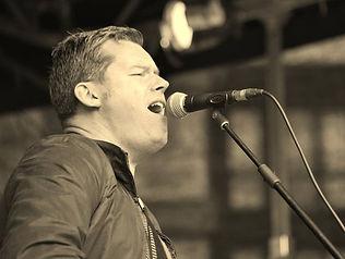Rob singing.jpg