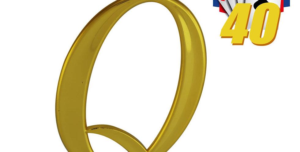 Trofeos de 40 para fiestas de Quito