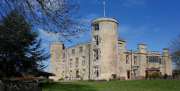 walworth-castle-hotel-grounds-and-hotel-