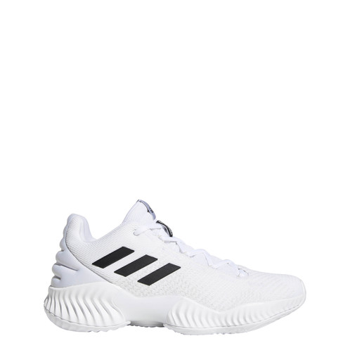 huge selection of fb2d9 b8bae adidas Pro Bounce Low Top Basketball Shoe