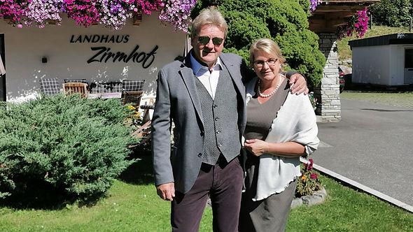 Zirmhof Gastgeber Stefan & Monika Eder