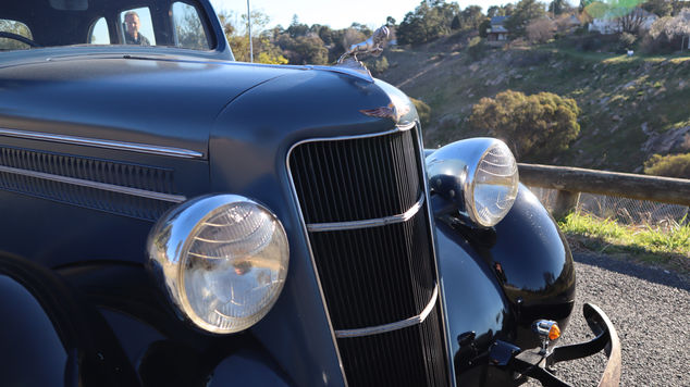 1935 Dodge (Complete) Front