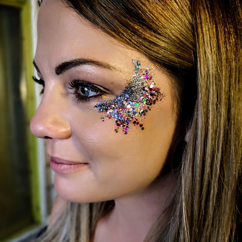 Glitter Eye Design - Glitter bar hire