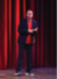 magicien vendée, cabaret music hall pays de loire, organisateur de spectacle 85, créateur d'évènements CE, anniversaire , mariage, camping show, producteur de spectacle, théâtre sur mer, location soirée sur bateau