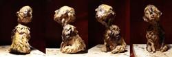 Cão desobediente (foto 2)__13,5x10x8cm_argila e cera de abelha_2014