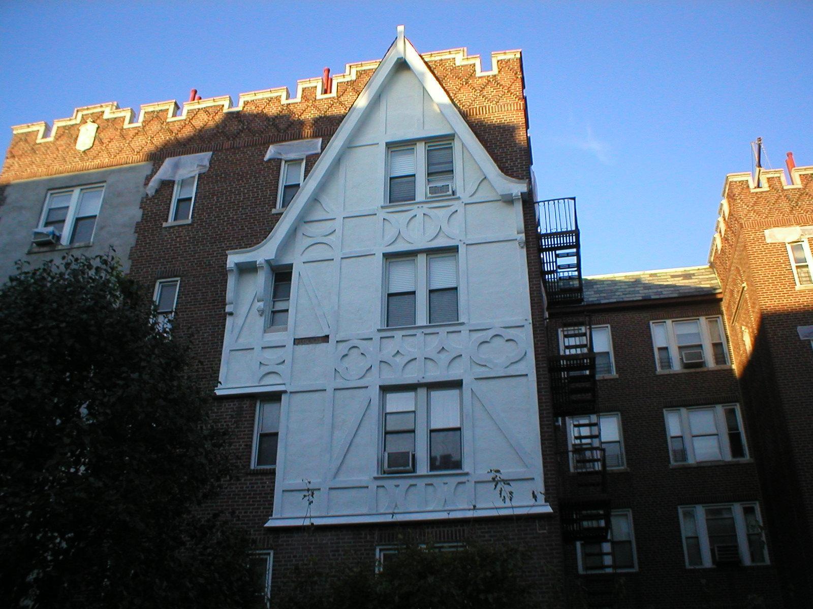 1440-1470 Midland Avenue