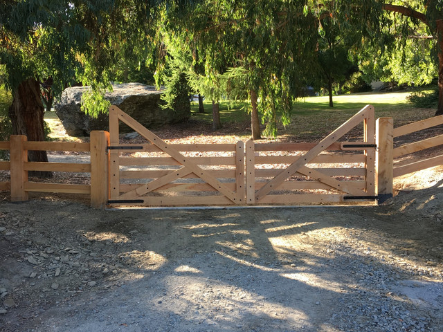 Lifestyle Gates and Entranceways