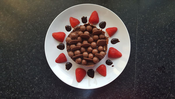 Leo Plunkett - Chocolate Biscuit Cake.jp