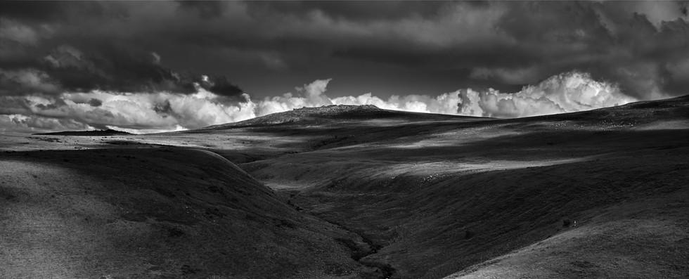 Dartmoor Hills B&WJohn Yabrifa © 2016.jp